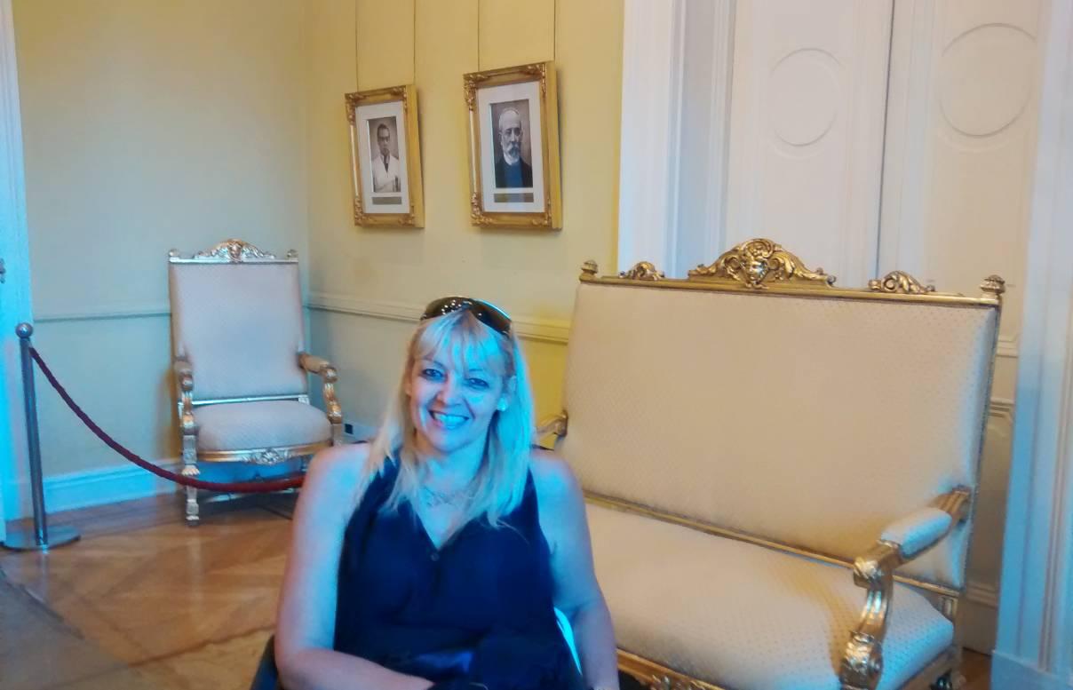 Silvia Mirta Valori Escritora, Filósofa y Conferencista